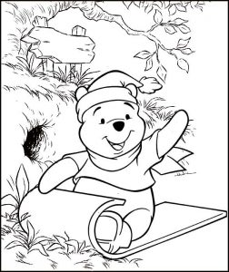 Christmas Winnie the Pooh Coloring Page