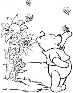 Winnie the Pooh Playing with Bee Coloring Sheet